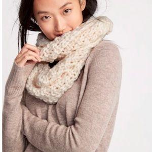 🆕 Chunky Honeycomb Knit Infinity Scarf